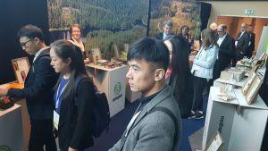 Personer som deltar i Arktiska rådets möte i Rovaniemi