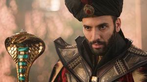 Jafar (Marwan Kenzari) i närbild.