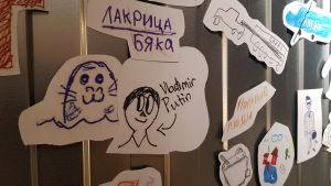 Ritningar som barn i Finland och Ryssland ritat om sin uppfattning om grannlandet.