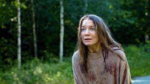 Julia Johansson i rollen som Annika.