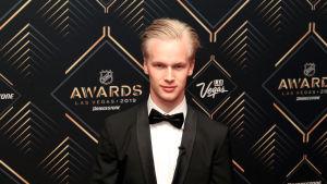 Elias Pettersson bästa nykomling i NHL.