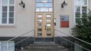 Dörren till mottagning utan tidsbeställning vid Dals missbrukarklinik