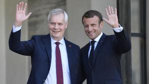 Emmanuel Macron och Antti Rinne i Paris