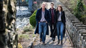 Irlantilaisen jännityssarjan päähenkilö Jack Taylor on olemukseltaan rähjäinen, mutta rehellinen ex-poliisi. Pääroolissa Iain Glen.