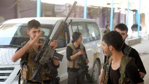 Den kurddominerade SDF milisen har stärkt Ras al-Ayns försvar med nya milismän och -kvinnor som har anlänt från söder