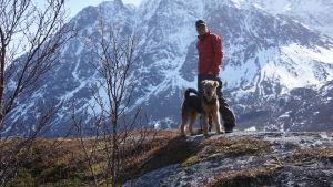 Teemu Hostikka ja Kero-koira