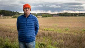Timo Heikkilä är en smågrisproducent i Rusko.
