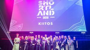 Shortland-kilpailun voittajat lavalla