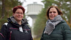 Grace Qvarnström från Finlands röda kors och Katianna Kuula som är direktör för Sydspetsens miljöhälsa.