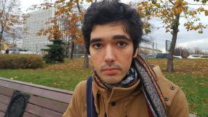 Arsjak Makitjian ser allvarligt på klimatförändringen och dess följder.