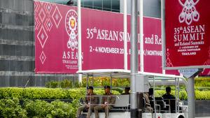 De tio Asean-länderna håller sitt årliga toppmöte i Bangkok