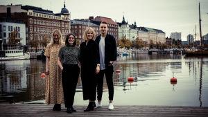 Freja Lindeman, Anna Öhman, Veronica Aspelin och Tobias Jansson gör Hissapodden.