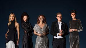 Victoria Dyring, Jessika Gedin, Pernilla Månsson Colt, Gustav Källstrand ja Cecilia Gralde.