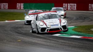 Jukka Honkavuori ajaa Porsche Supercup -sarjan kilpailussa