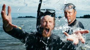 """Mikko """"Peltsi"""" Peltola ja Tom Nylynd etsivät uudessa sarjassa keinoja Itämeren suojelemiseksi."""