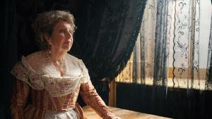 Brittiläinen draamasarja nuoren naisen elämästä pienessä merenrantakaupungissa. Päärooleissa mm. Anne Reid.
