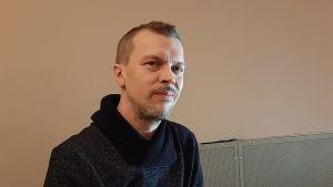 Uusi teatterinjohtaja Juha Luukkonen.