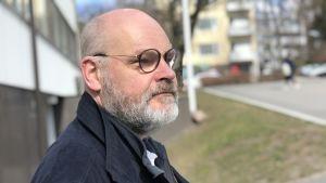 Harry Nordström på Administer jobbar med att hjälpa småföretagare med ekonomiförvaltning