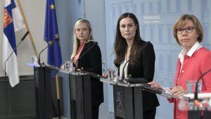 Maria Ohisalo, Sanna Marin och Anna-Maja Henriksson.
