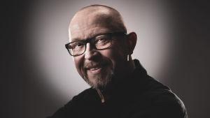 Jukka Mikkolan kasvokuva