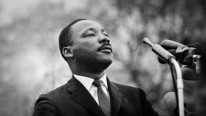 Martin Luther King håller tal i Montgomery 1965.