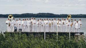 Puolustusvoimain lippujuhlan päivän konsertissa esiintyy Laivaston soittokunta.