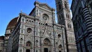 I hjärtat av Florens historiska centrum ligger katedralen som brukar kallas Il Duomo.
