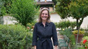Finlandssvenska Peggy Enbom som bor i Florens upplever att italienarna är trötta efter den långa karantänen och bara vill ta sommaren som den kommer.