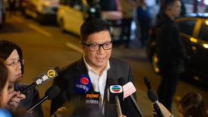 Hongkongs polischef Chris Tang säger att sanktionerna mot honom visar att har har gjort sitt jobb på rätt sätt.