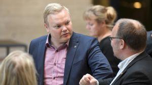 Antti Kurvinen på möte i Tavastehus 20.8.2020