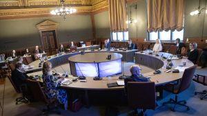 Budgetförhandlingarna i Ständerhuset har inletts.