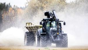 traktor som strukturkalkar