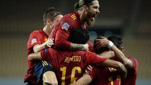 Spanien firar mål