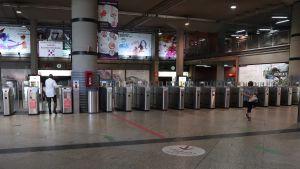 Coronatomt på Atocha-tågstationen i Madrid den 10 oktober 2020.