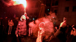 Rökbomber på demonstration i Polen.