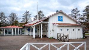 Hamnkontoret i Pargas gästhamn.