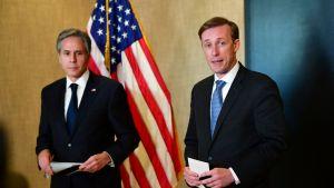 Antony Blinken och säkerhetsrådgivaren Jake Sullivan berättar om mötet med kinesiska ledare
