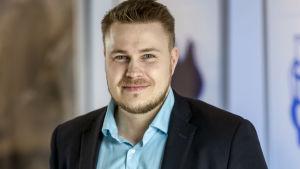 Porträtt på Sameli Mäenpää.