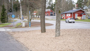 Vägrenen intill Österbyvägen i Ekenäs.
