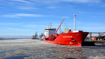 Transport avblaser hamnstrejk