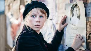Bild ur dramadokumentären seitsemäntoista som sänds på Yle hösten 2017.
