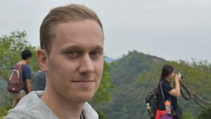 Klaus Björkgren som bor och jobbar i Hongkong