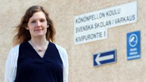 Nea Ikonen är ordförande för Vänföreningen för Svenska skolan i Varkaus.