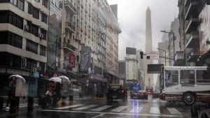 Gata i Buenos Aires under strömavbrottet 16 juni. Trafikljusen fungerar inte.