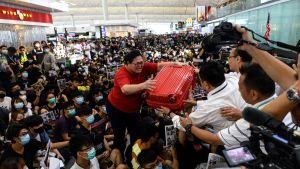 Kaos på hongkongs flygfält.