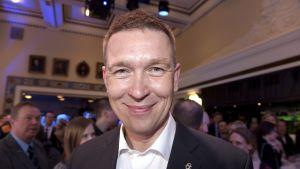 Omvalda riksdagsledamoten Tom Packalén på Sannfinländarnas valvaka i Helsingfors.