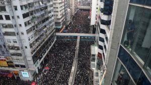 Uppslutningen vid lördagens demonstration överraskar många bedömare.