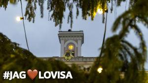 Bild av Lovisa rådhus med texten #jaghjärtalovisa