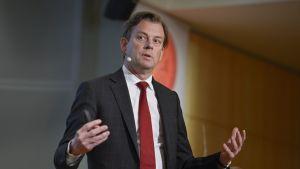 Swedbank avskedade sin vd