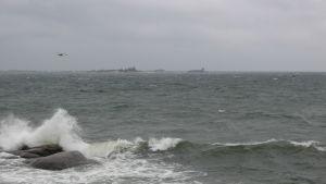 Regn och hård vind (15 m/s) i Hangö, september 2016.